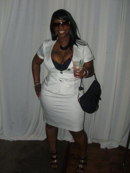 Belle nana black de Saint Martin disponible pour nouvelles rencontres